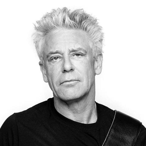 Adam Clayton por Sam Jones